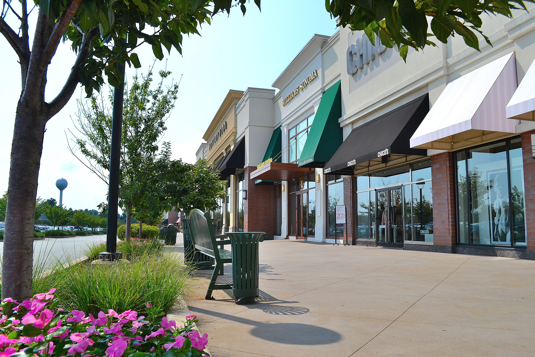 The The Shoppes at Brinton Lake, Glen Mills, Pennsylvania